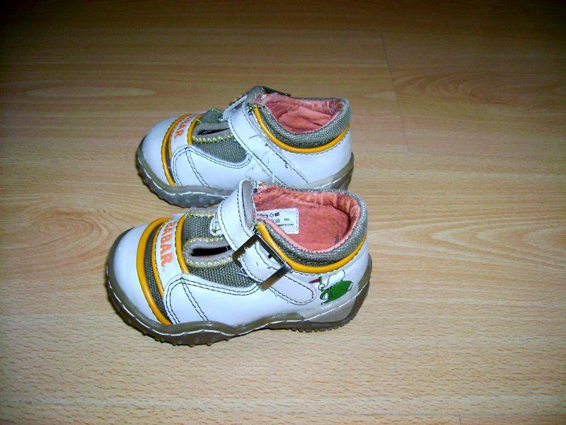 chaussuresbabar19.jpg