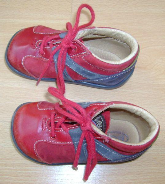 chaussuresmixtesrougesetbleuesbopy19.jpg
