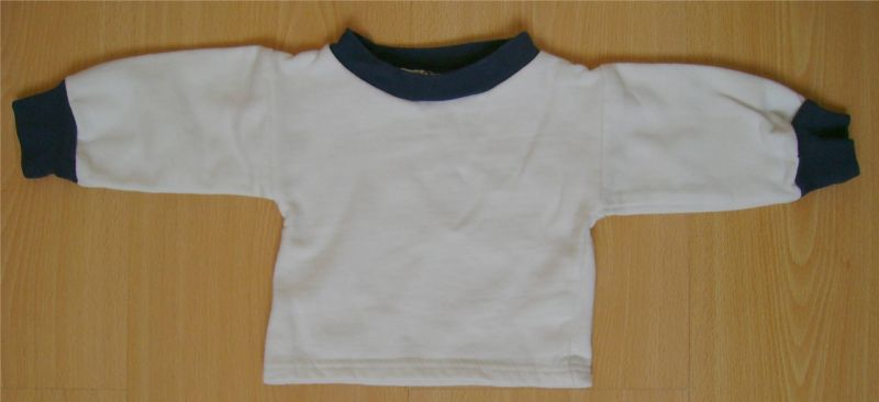 pull blanc avec col et manches bleues baby b 3 mois.jpg