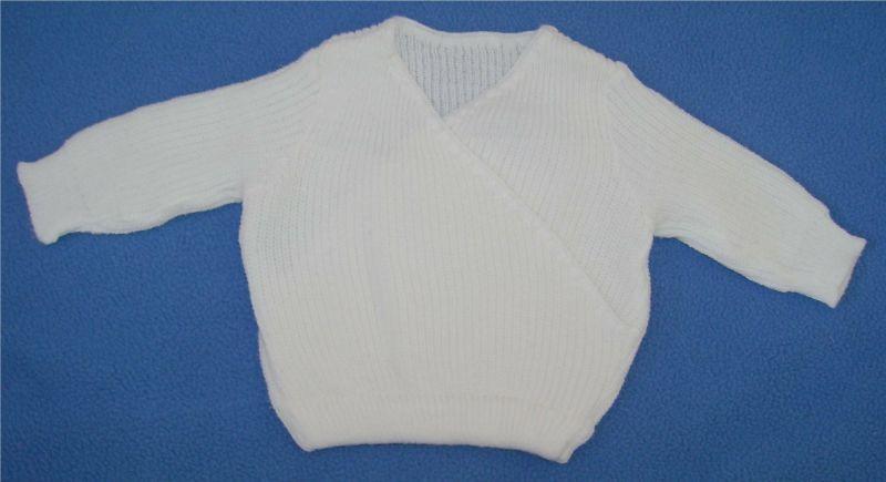 pull blanc en lainage 3 mois.jpg