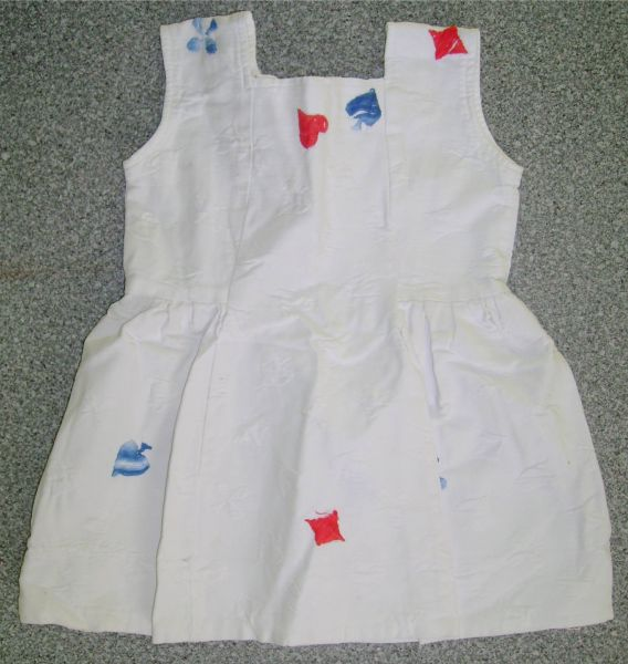 robe blanche 2 ans.jpg