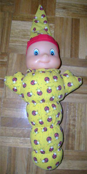 poupée veilleuse jaune avec des coccinelles.jpg