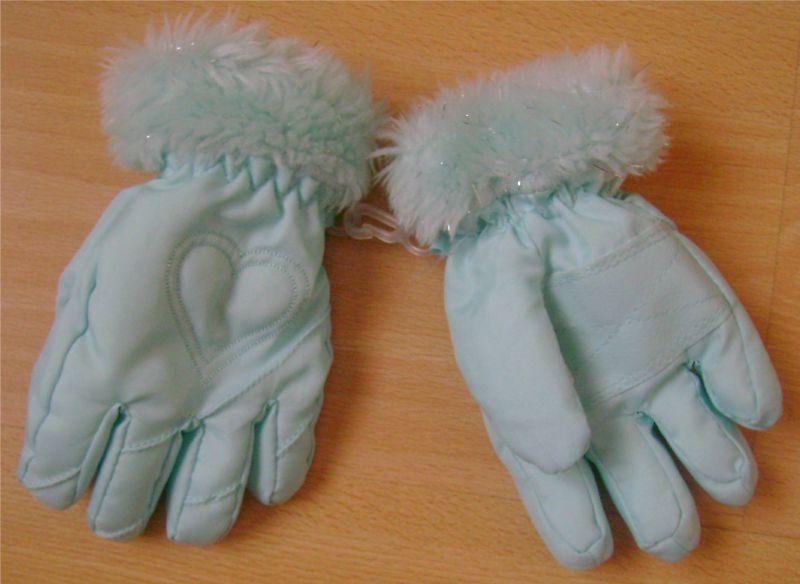 gants bleus fille.jpg