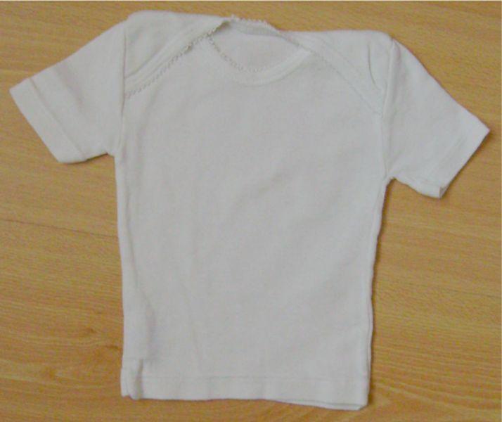t-shirt blanc 6mois.jpg