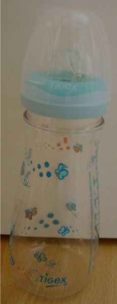 Quelle eau utiliser pour le biberon de bébé ? dans Infos pratiques biberontigexneuf